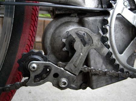 自転車の 自転車修理方法チェーン : ... チェーンが落ちちゃっている